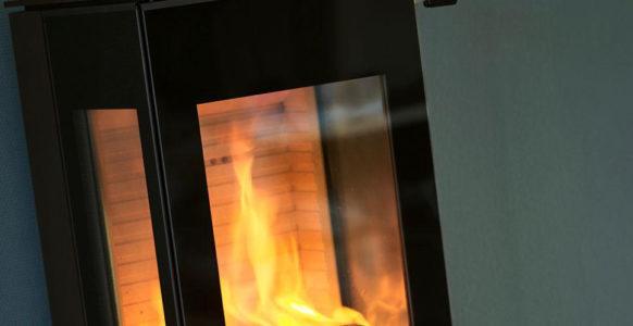 Attika-nexo-100-voor-aanzicht-glas-tibas-gouda-kachel-hout-vrijstaand-detail
